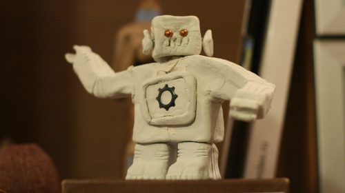 Segítőkész robotok helyett blablázó buta gépeket kaptunk (Forrás: svofski / CC-BY)