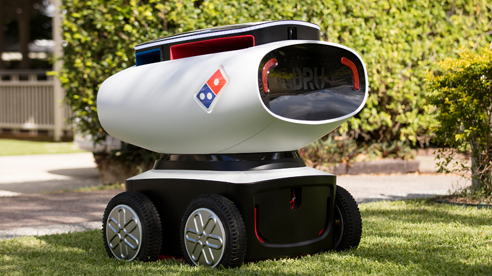 Robotpizzafutár már van, de hamarosan lehet önvezető robotbolt is