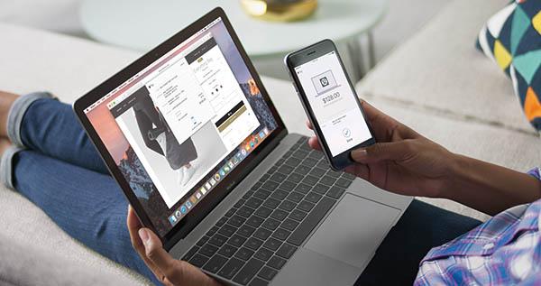 A telefonunk azonosít, ha Apple Pay-jel akarunk fizetni az interneten