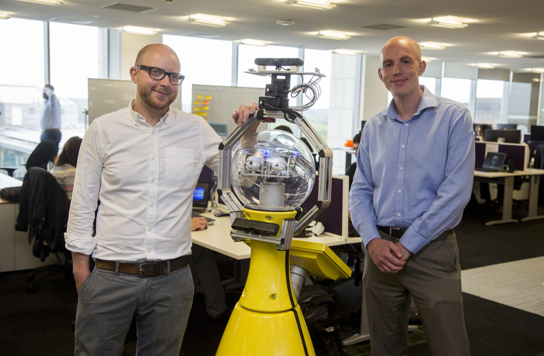 Az irodában többféleképpen segíthet a robot, könyvelhet is (Fotó: University of Birmingham)