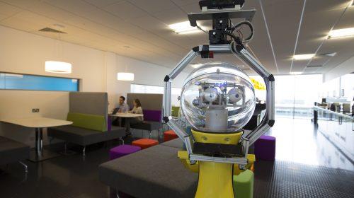 Egy másik elképzelés szerint Betty, az irodavezető robot is a munkatársunk lesz
