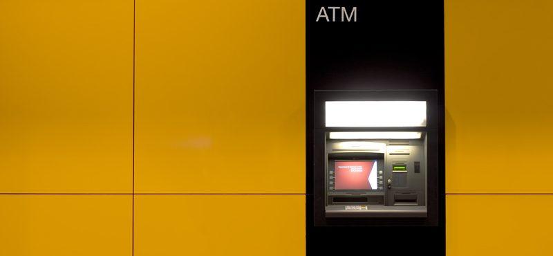 Nem szokás belegondolni, de az ATM is okosodhat (Fotó: megawatts86 / Flickr CC-BY-SA)