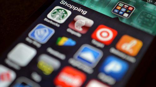A magyar iPhone tulajdonosoknak még várniuk kell (Fotó: Jason Howie / Flickr CC-BY)