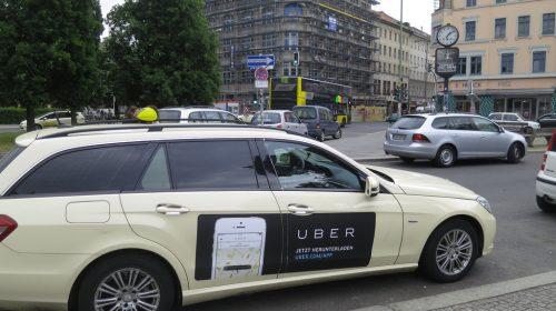 Uber autó Németországban