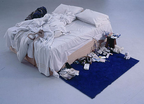 Tracy Emin My Bed című munkája először 150 ezer fontért kelt el, mostani tulajdonosa viszont már 2,5 millió fontot fizetett érte