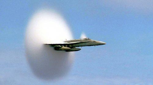 (Fotó: John Gay / US Navy)