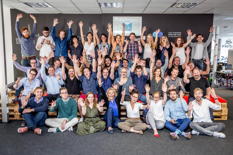 A tizedik száznapos startupprogram résztvevői az Axel Springer neveldéjében