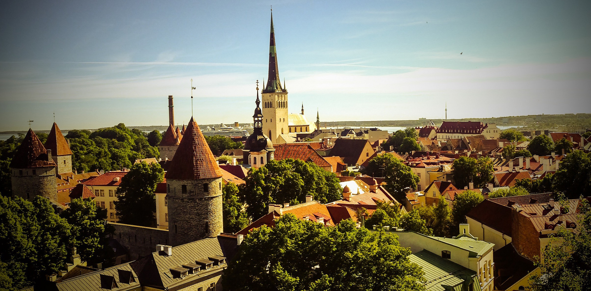 Bajban van Tallinn (Fotó: Mike Beales CC-BY)