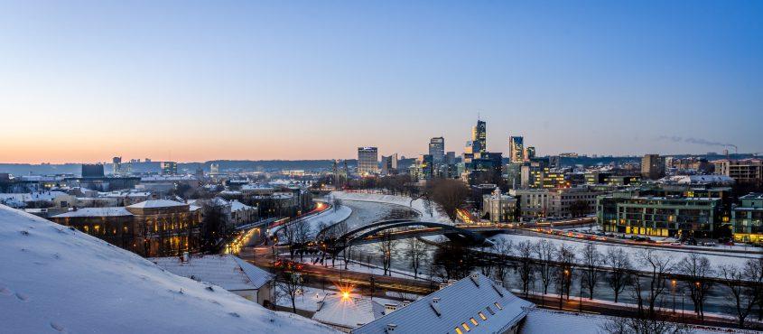 Új városképet kell megszokni: ez Vilnius (Fotó: Mantas Volungevicius CC-BY)