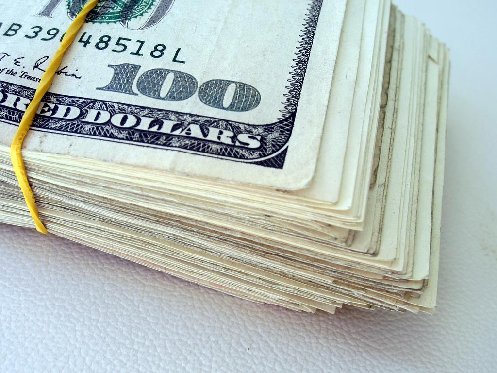 A készpénzt is sikerült digitalizálnia az Amazonnak (Fotó: 401(K) 2012 / Flickr CC-BY)