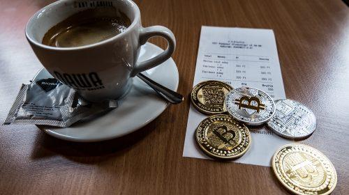 A keményvonalas bitcoin rajongók a kis értékű tranzakcióktól óvnák a rendszert