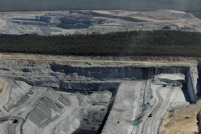 Külszíni fejtésű szénbánya Ausztráliában (Fotó: Leard State Forest CC-BY)